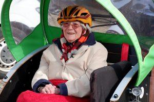 Rikscha-Fahrt mit Senioreinnen und Senioren