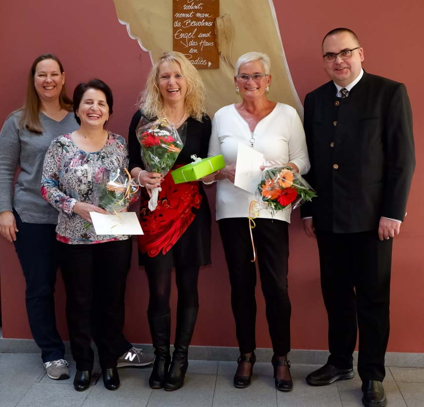 Ilona Vincenz, Ziberi Luljete, Carmen Gebhardt, Monika Schulz und Carsten Jacknau (v.l.n.r.)