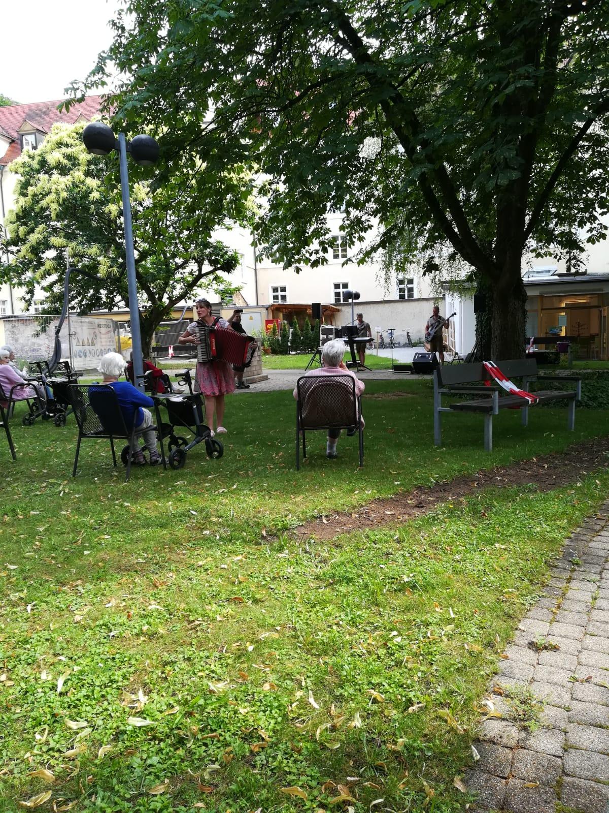 D'Gipfelstürmer im Evangelischen Stift Freiburg