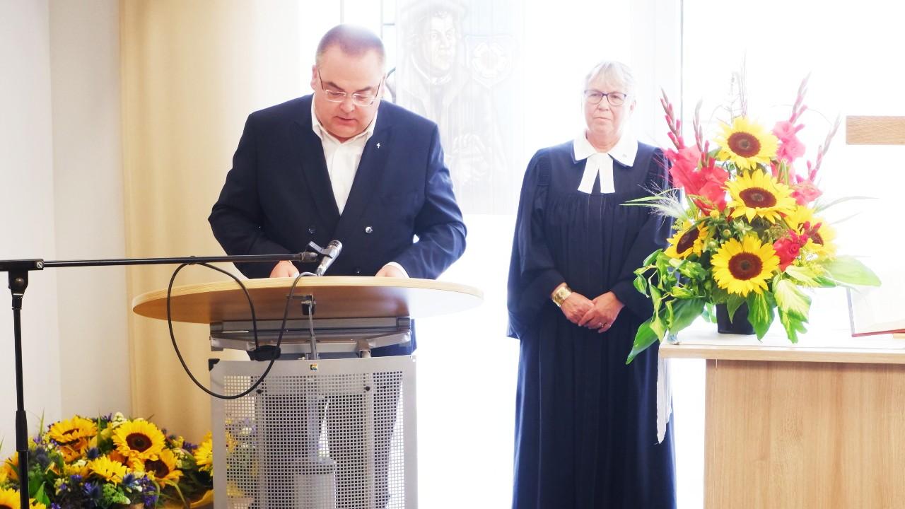 Vorstand Carsten Jacknau und Ulrike Oehler